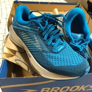 Brooks Levitate Shoes